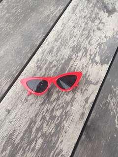 Cat eye sunglasses PROMO FREE POSTAGE