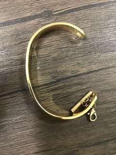 Stainless steel gold bangle
