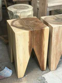 Box shape wood slab seat