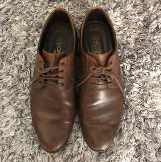 geox respira lace up plain oxford