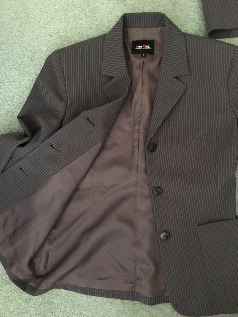 2 piece suit size 6