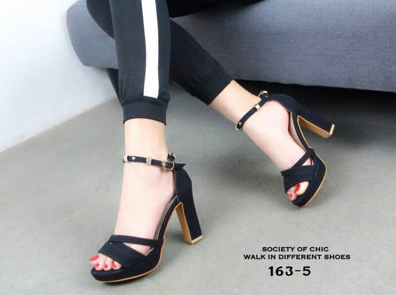 6bae756d21 Ankle's strap heels, Women's Fashion, Shoes, Heels on Carousell