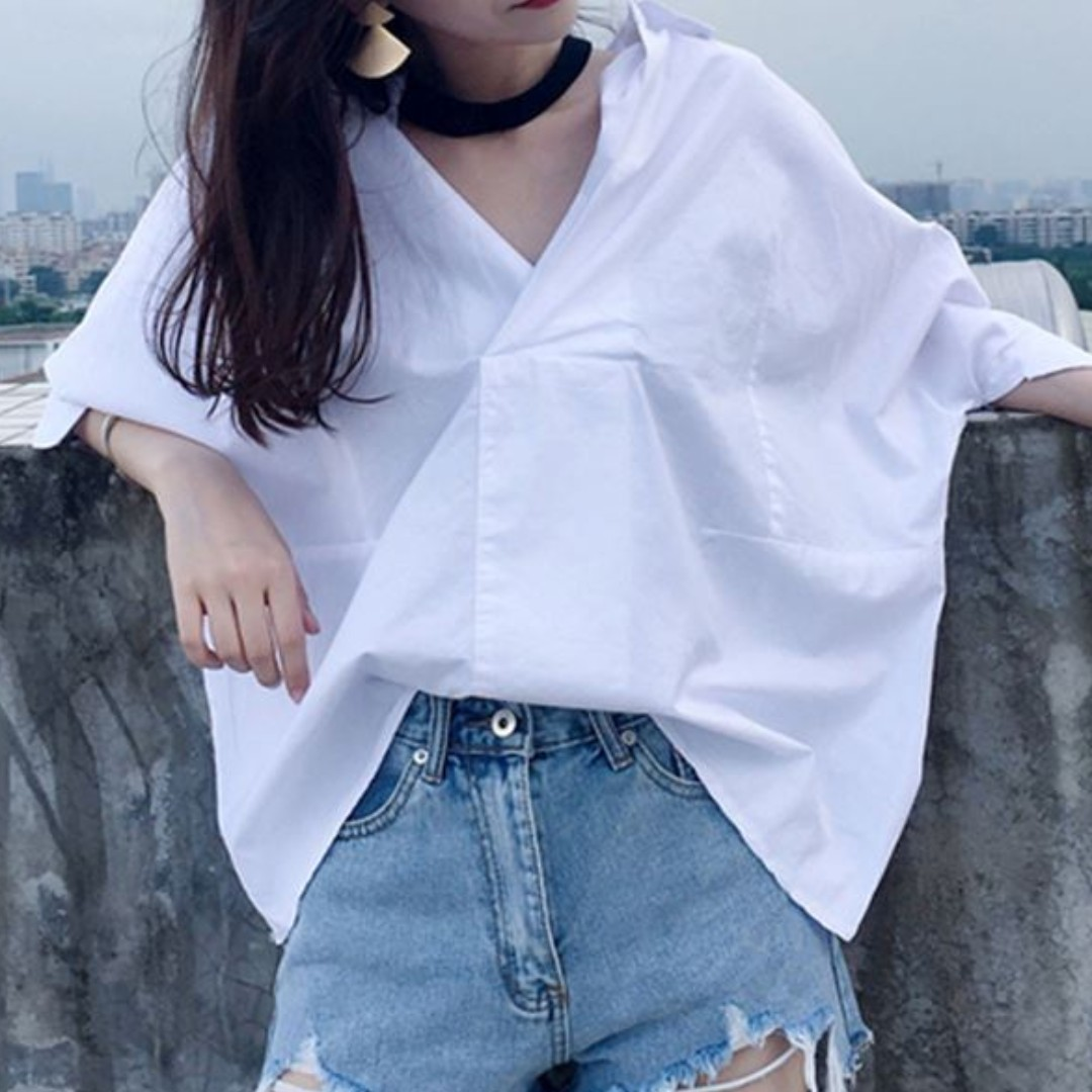 ca167a05f66080 Choker V Neck Oversized White Blouse Ulzzang, Women's Fashion, Clothes, Tops  on Carousell