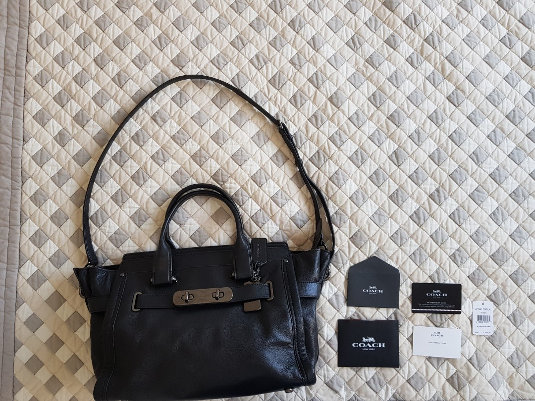 Coach Soft Swagger Carryall in Soft Grain Leather (37732) 817f3d917fe64