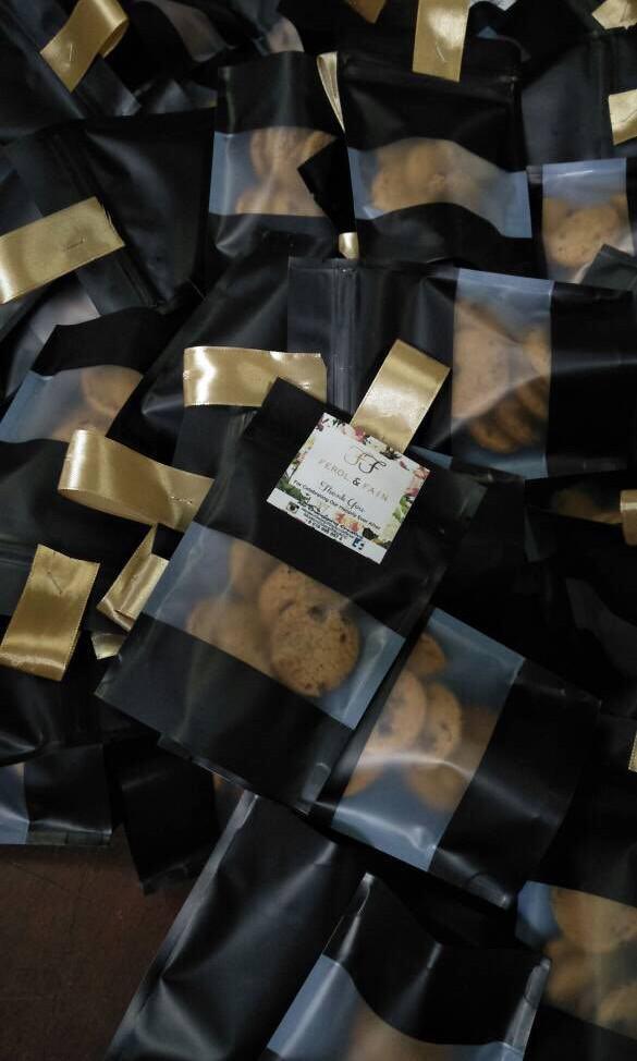 Cookies in ziplock wedding favor favour doorgift door gift berkat