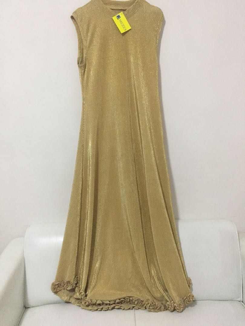 Gaun Pesta Gold Women S Fashion Women S Clothes On Carousell