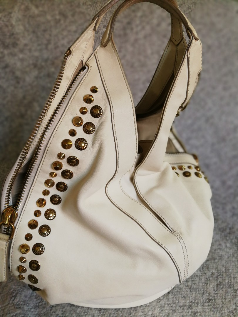 ebe69ffc03 GIVENCHY Off White Studded Limited Edition Tinhan