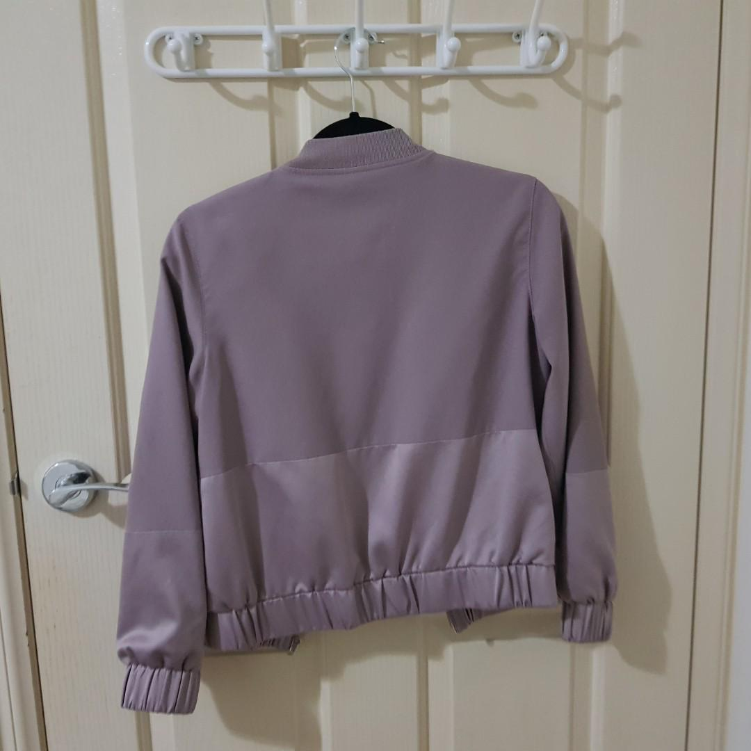 MISS GUIDED TWO TONE SATIN BOMBER