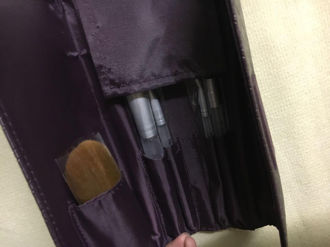 Natio makeup Brush travel set
