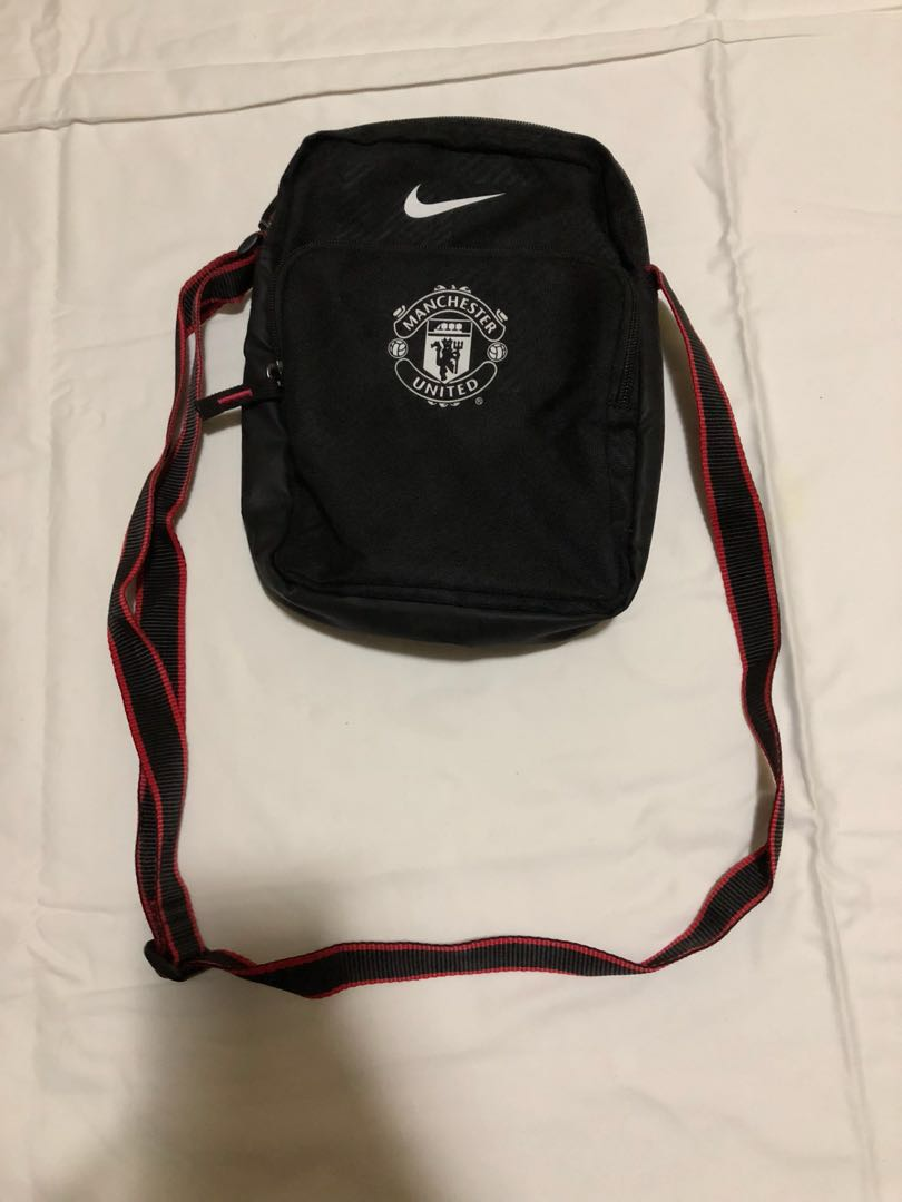Nike Manchester United Sling Bag, Men s Fashion, Bags   Wallets on Carousell dc54b10079
