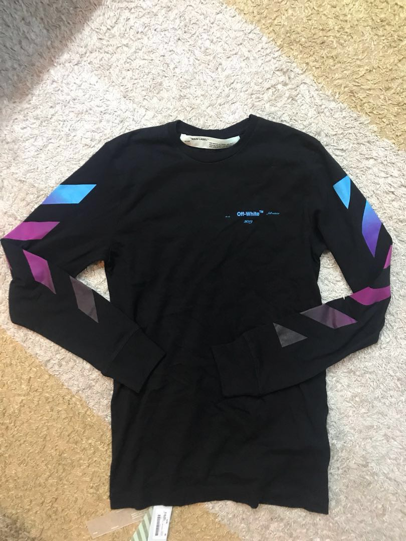 89793b7f4525 Off-white Diagonal gradient long-sleeved cotton T-shirt