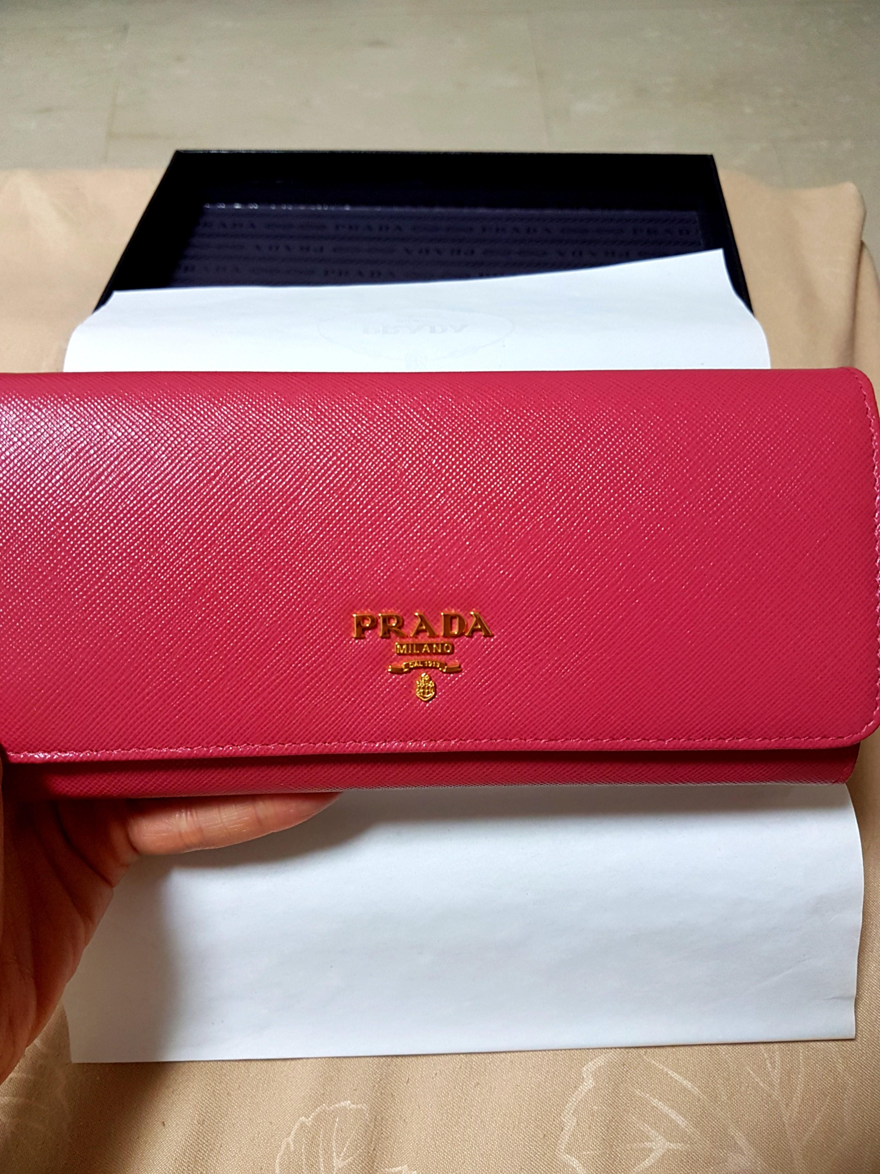 93488ce0e3d324 Prada Saffiano Long Wallet Peony, Women's Fashion, Bags & Wallets ...