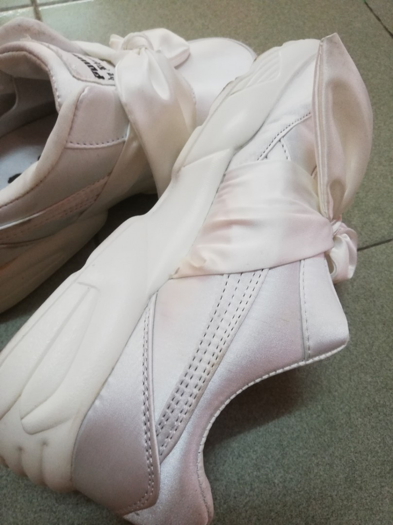 release date 8c680 1c8d7 SOLD OUT Rihanna Bow Puma Sneakers, Fenty x Puma White Sport Shoes