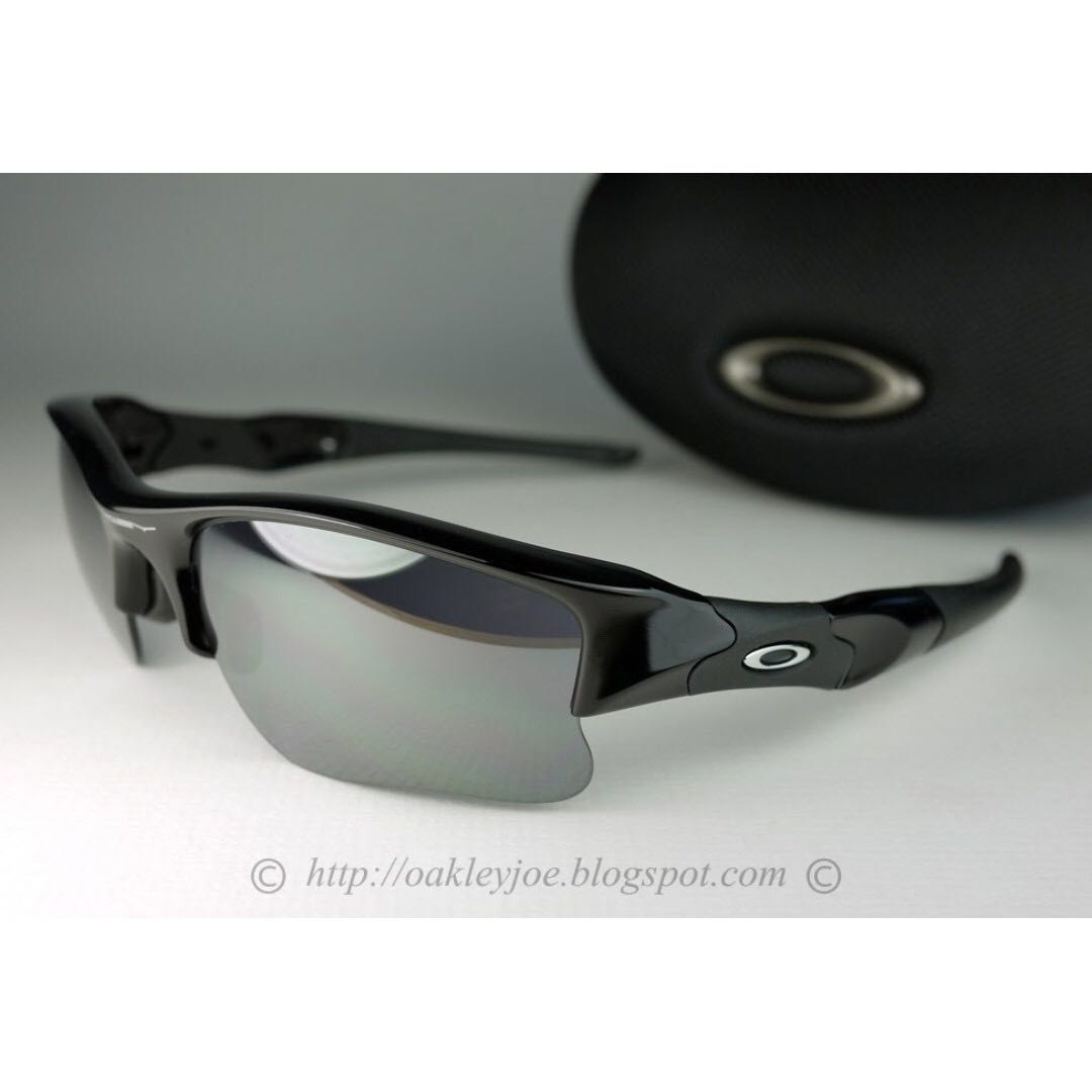 4c2e77df463ba Oakley Jet Black Iridium « One More Soul