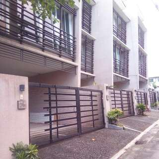 3BR 3Storey Townhouse For Rent