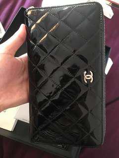 Chanel 限量 黑色拉鍊/護照長夾