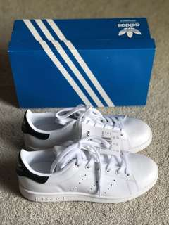 BNIB Adidas Stan Smith Women's 5.5