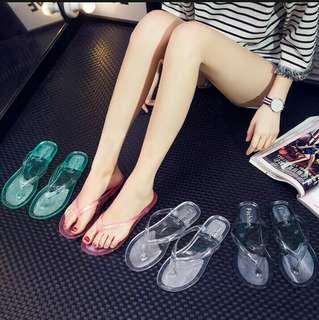Sandal kaca