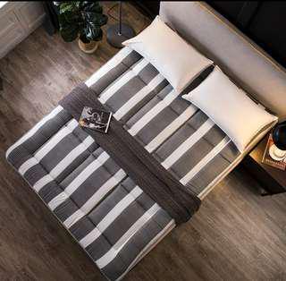 全新 清貨最後一張 榻榻米床墊  床褥  床單  床上用品