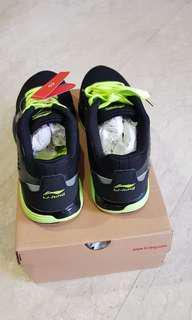 BNIB LI-NING running Shoe