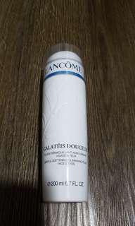 Lancome gentle softening cleansing fluid face & eyes