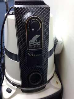 Delphin Vacuum Cleaner -model s8