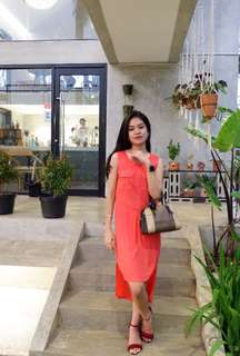 Dress merah GAUDI