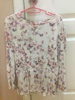 💕BERSHKA Long Sleeves Top with Butterfly details
