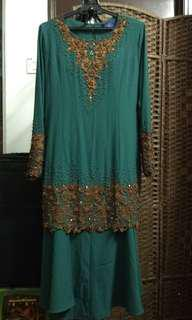 Wanis Emerald Green Beaded Baju Kurung Moden in size 42