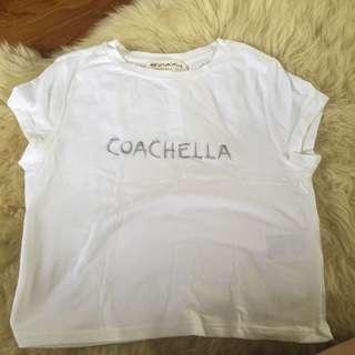 H&MCoachella white basic top