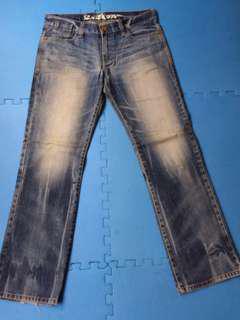 🚚 34腰NIPPONBLUE台灣製牛仔褲~192