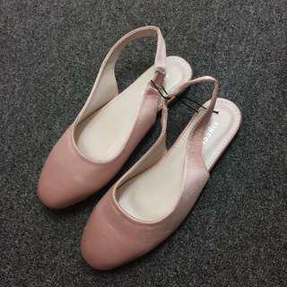 Vincci Strap Flat Shoes In Blush