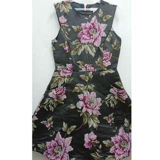 TED BAKER ( 100% AUTHENTIC / ORIGINAL / LONDON LUXURY HIGH BRAND) - Printed Floral Black and Pink Classy Elegant Sleeveless Short Dress ( smart casual / semi formal / office work attire / night wear / evening party / dinner event / summer / winter style )
