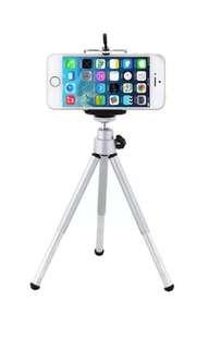 Mini tripod + Bluetooth camera remote for Apple/android