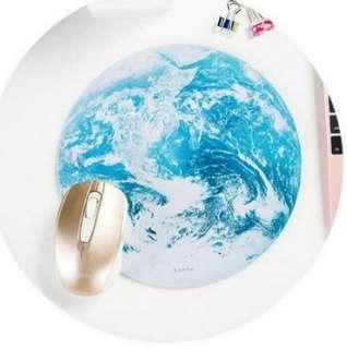 地球款夢幻星球滑鼠墊