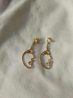 funky face earrings