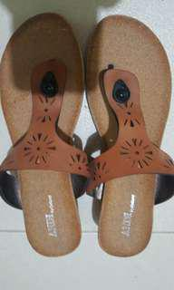ANDI BY OUTLAND SANDALS SIZE 9