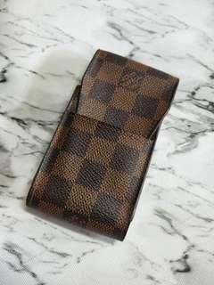 🚚 LV棋盤格紋手機袋