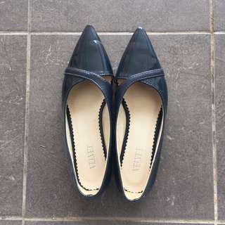 Pointy Toe Navy Blue Flats