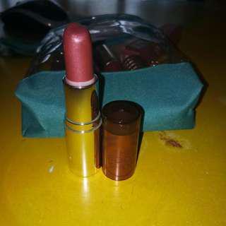 Lipstick bodyshop