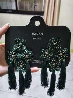 Mango emerald green oversized tassel earring