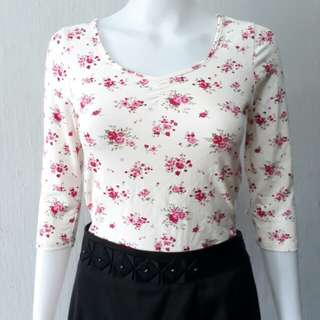 Forever 21 rib floral cotton top