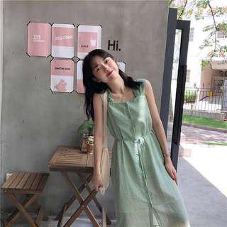 綠色間條連身裙