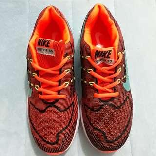 Sepatu import Nike