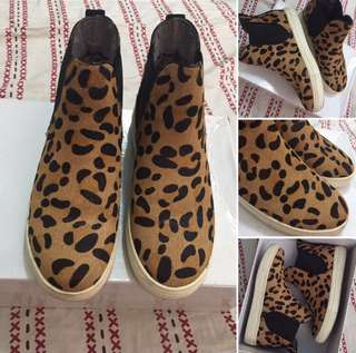 Leopard High Top