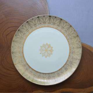 Vintage Cream Plate Gold border hand painted 19.5 cm