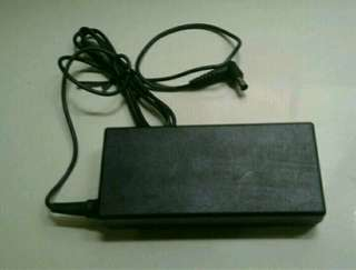 Sony AC Adapter - Charger Laptop