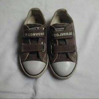 Converse Kid
