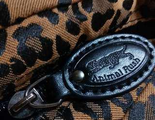 🚚 Animal Rush 深豹紋 流行包可斜背或手提慶祝七夕情人節