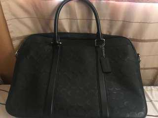 COACH LAPTOP BAG ( Used twice only ) Negotiable